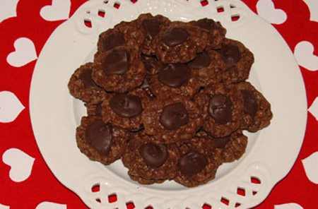 chocolate, cookies, chocolate drop cookies, valentine's day