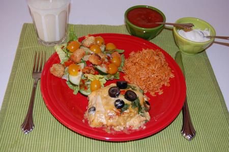 enchilada, dinner plate, table