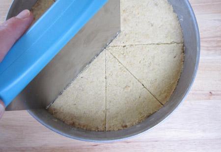 wedges, shortbread, pan
