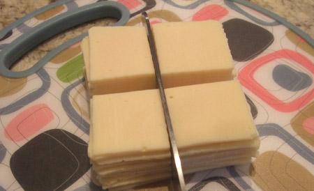 cheese, slice, quarters