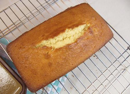 loaf, cake, crack