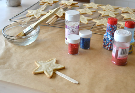 cookie, sprinkles, decorate
