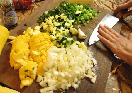garlic, smash, peel