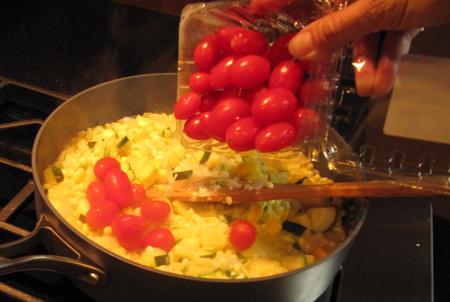 tomatoes, succotash, pan