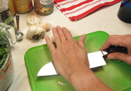 crush, garlic, knife