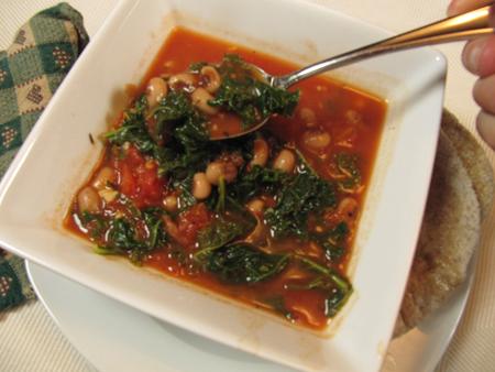 kale, tomato, soup