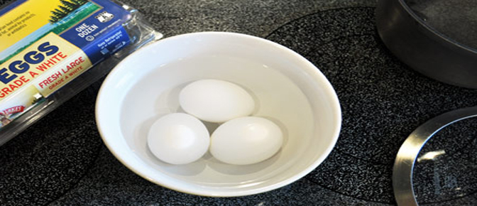 Eggs in Cold Water