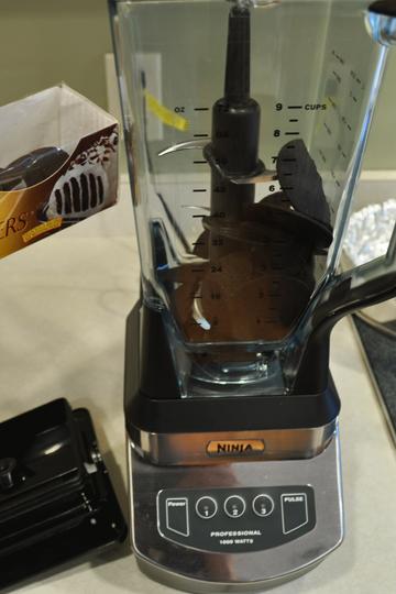 Crushing Chocolate Cookies in Blender