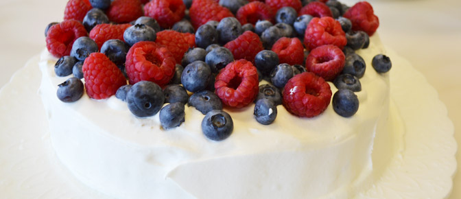 Final Cake with Frosting and Berries