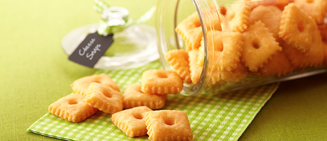 Cheddar Cheese Snaps