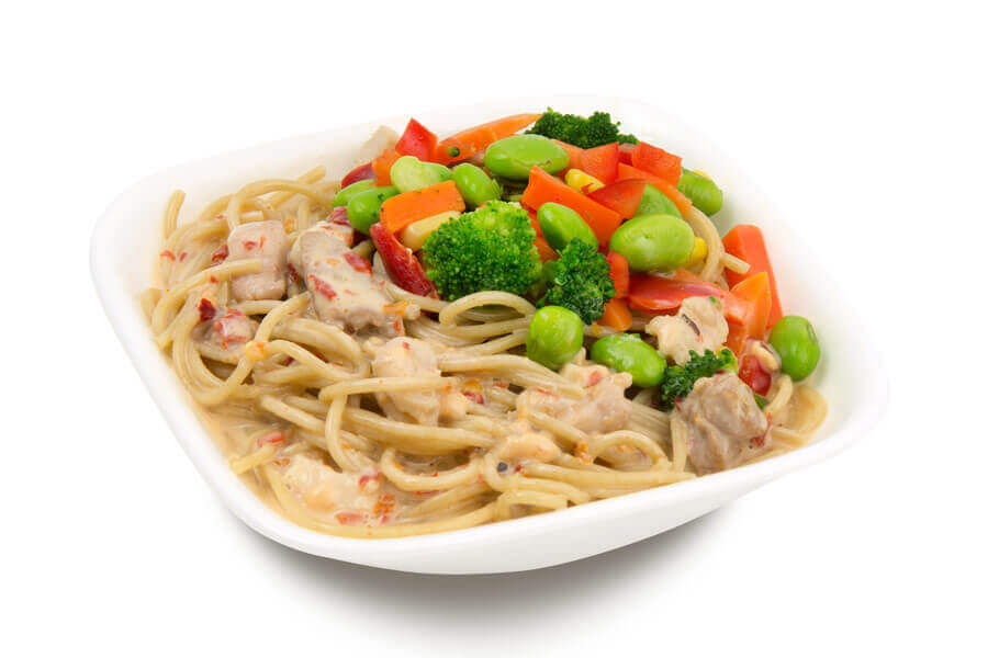 Sunny Thai Noodles With Chicken And Vegetables