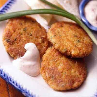 Crab Cakes With Chipotle Sauce Image