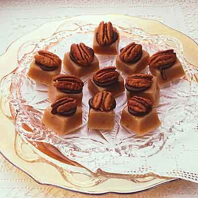 Buttery Pecan Caramels Image