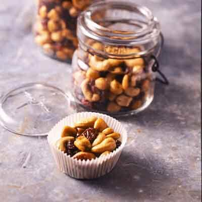 Cashew, Corn & Cherry Crunch Image
