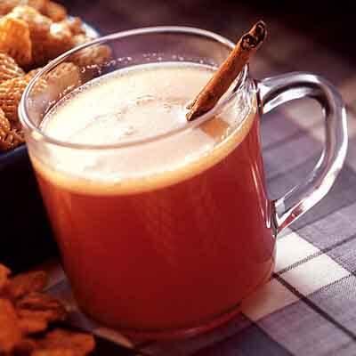 Hot Buttered Cranberry Cider Image
