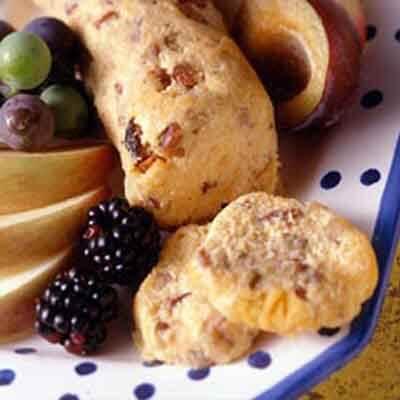 Cheddar Pecan Roll Image