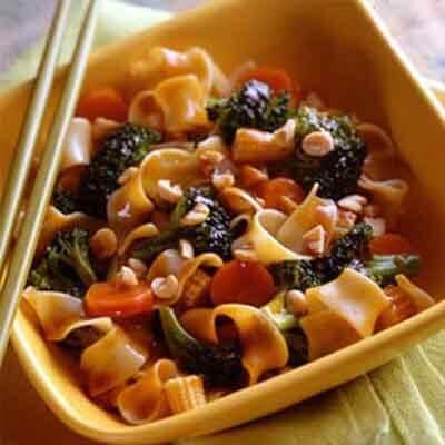 Broccoli-Peanut Stir-Fry With Noodles Image