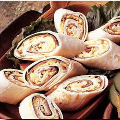 Cheese, Beef & Spinach Pinwheels Image