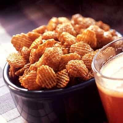 Caramelized Crispy Snack Mix Image