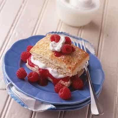 Shimmering Raspberry Shortcake Image