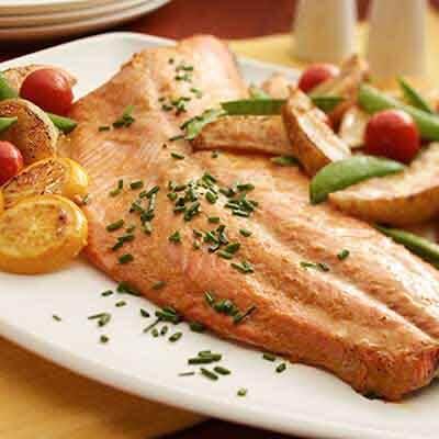 Roasted Salmon & Vegetables Image