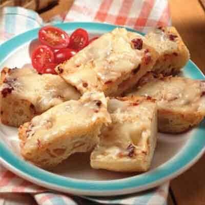 Sun-Dried Tomato Cheese Bread Image