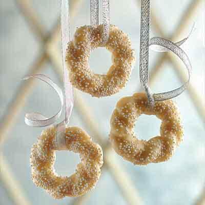 Almond Wreaths Image
