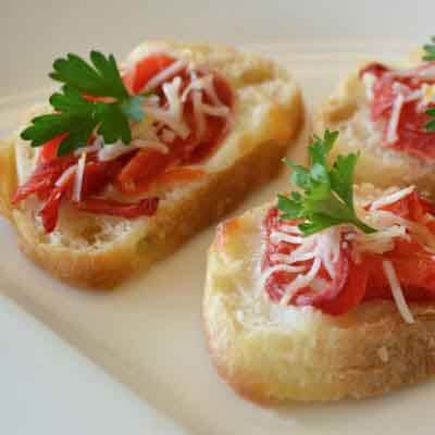 Italian Red Pepper Crostini Image