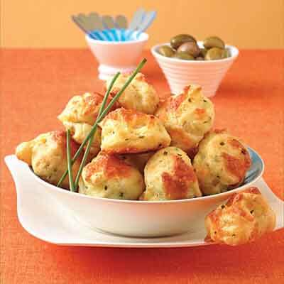 pepper cheese chive gougere