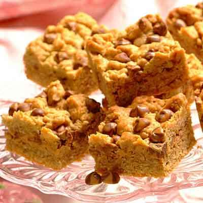 Oatmeal-Chocolate Peanut Butter Bars Image