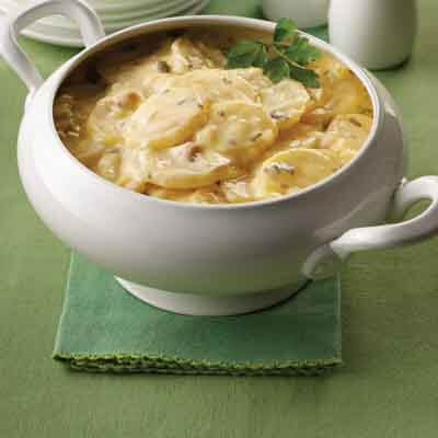 Slow Cooked Scalloped Potatoes Image