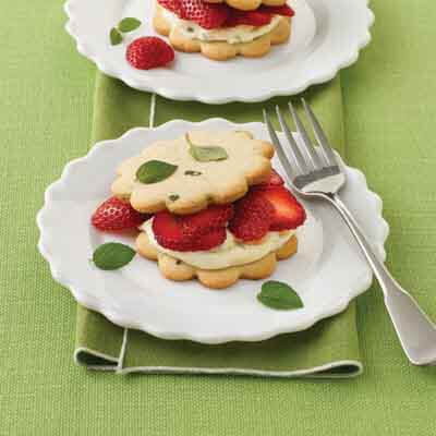 Strawberry Cream Sandwich Cookies Recipe