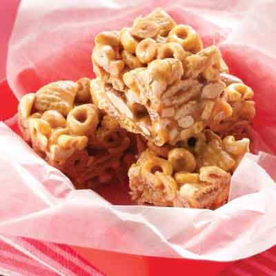 Caramel Nut Cereal Bars Image