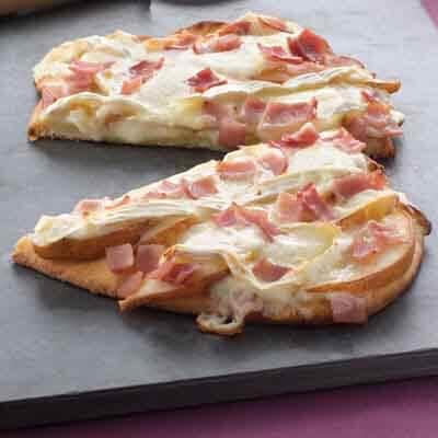 Cheesy Pear Flatbread Pizzas Image