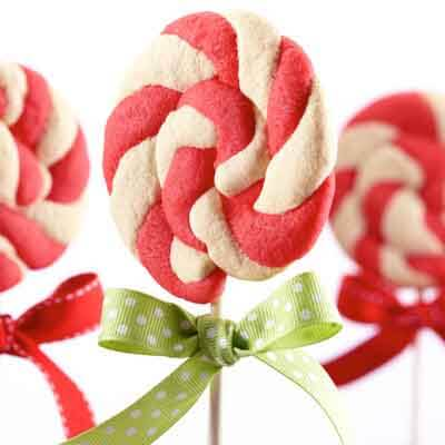 Peppermint Swirl Pops