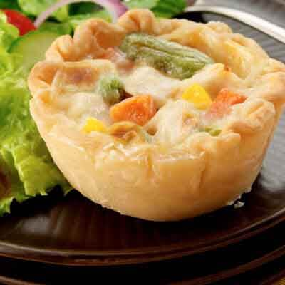 Mini Cheesy Chicken Pot Pies Image