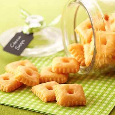 Cheddar Cheese Snaps Image