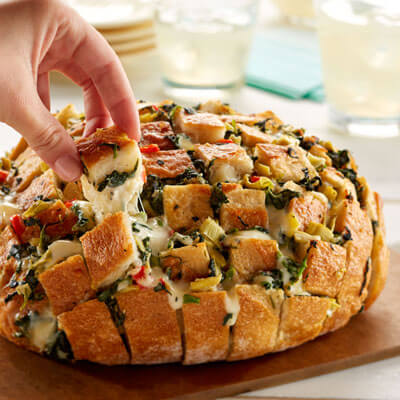 Spinach Artichoke Pull-Apart Party Loaf