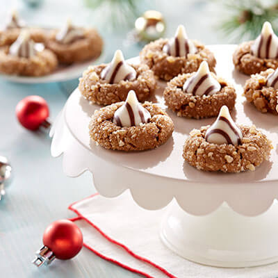 Ginger Molasses Blossom Cookies