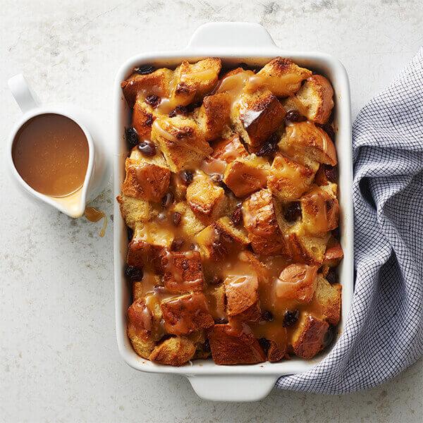 Old-Fashioned Bread Pudding With Vanilla Sauce recipe