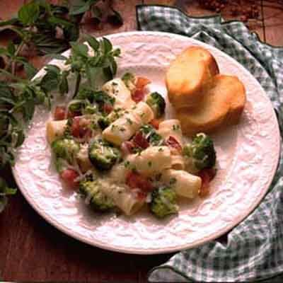 Country Pasta With Mozzarella Image