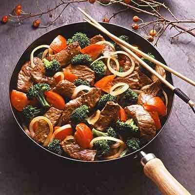 Marinated Beef & Broccoli Supper Image