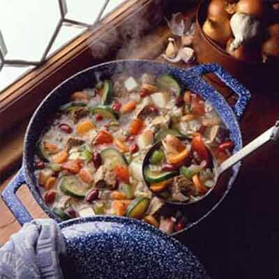 Hearty Minestrone Soup Image