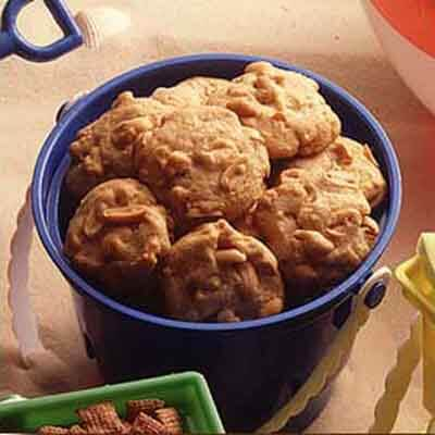 Chunky Peanut Cookies Recipe