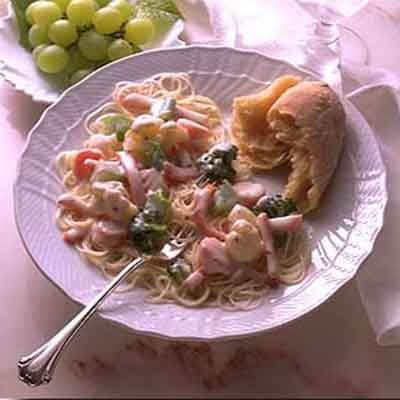Angel Hair Spaghetti With Vegetables & Ham Image