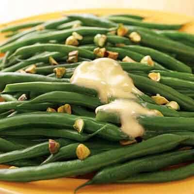 Pistachio Sprinkled Green Beans Image