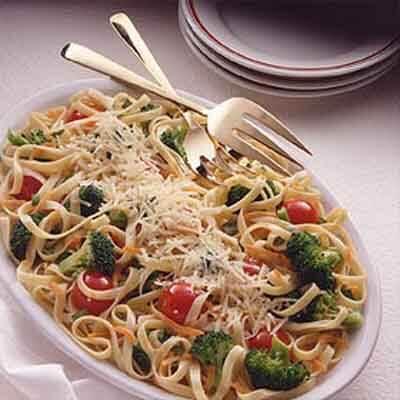 Fresh Vegetable & Basil Fettuccine Image