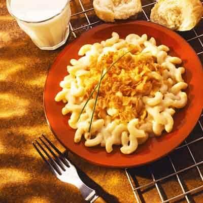 Classic Macaroni & Cheese Image