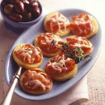 Red Pepper Polenta Crostini Image