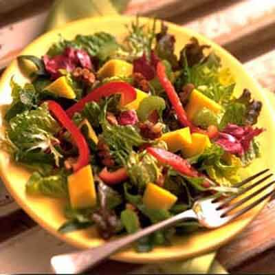 Mango & Mixed Greens Salad